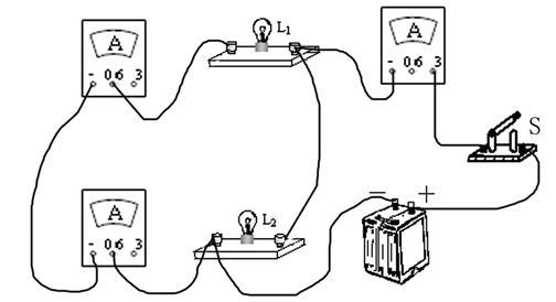 在探究并联电路电流规律的实验中,甲是实验电路图.(6分)